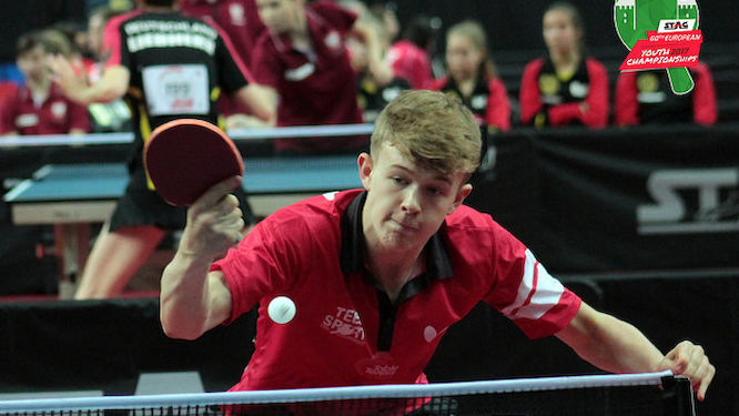 Tom JARVIS beat Singapore's GAO Ning