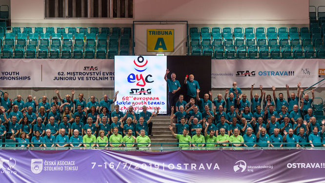 98 Umpires keeps their eyes on European youngsters