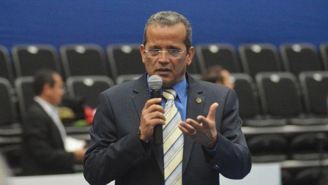 ETTU President LEVITIN congratulates Americas President Juan Vila
